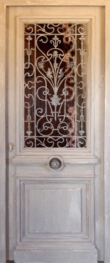 front door with wrought iron grill front doors portes. Black Bedroom Furniture Sets. Home Design Ideas