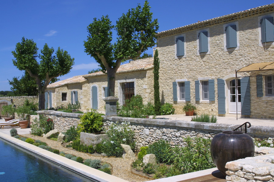 Maison pierre et bois villa amfitrita relax by the pool for Ancienne maison marcel bauche