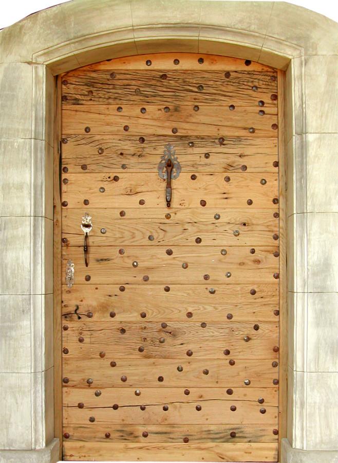 Dungeon entrance door front doors portes antiques - Porte d entree provencale ...