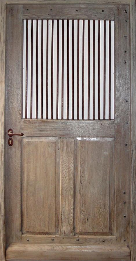Door with vertical bars interior doors portes antiques for Solution porte 60 doors