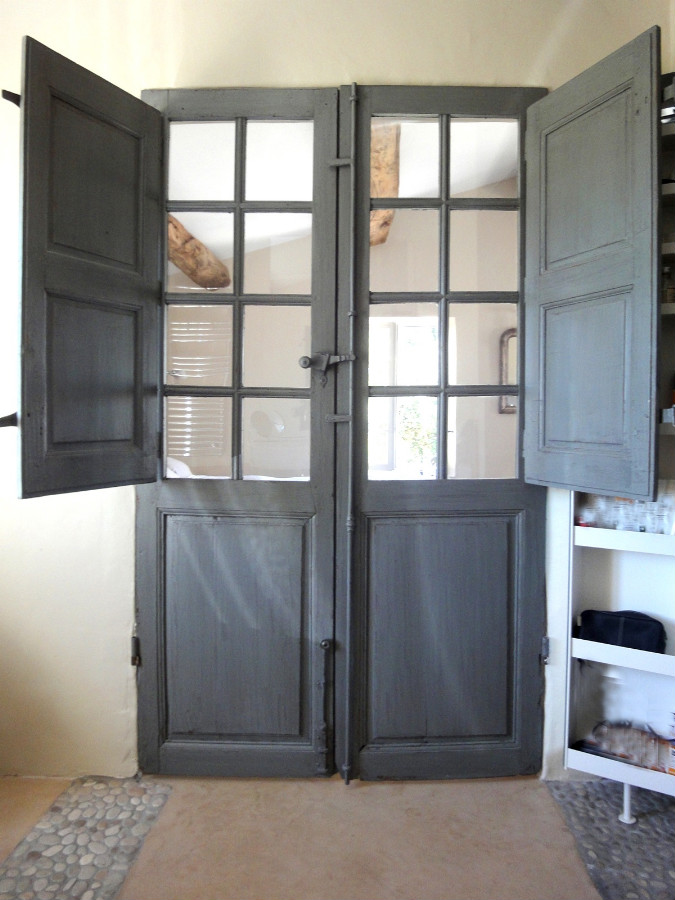 French door with folding shutters interior doors portes - Porte vitree style atelier ...