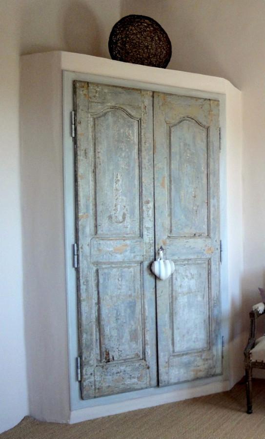 Corner Cupboard Plaster And Wood Decorative Cupboard Doors